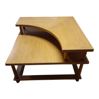 1950s Mid-Century Modern T. H. Ronsjohn Gibbings Widdicomb 2 Tier Corner Table For Sale