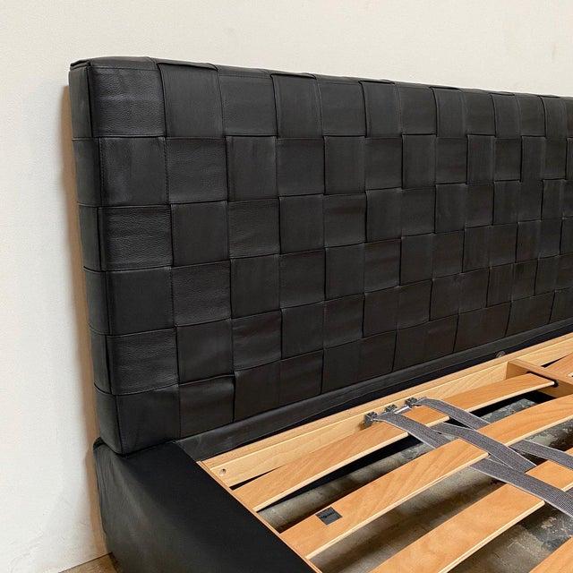 2010s Minotti 'Bartlett' Black Leather Cal King Bedframe For Sale - Image 5 of 9