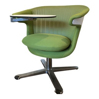 Steelcase I2i Swivel Lounge Chair With Tablet Arm For Sale