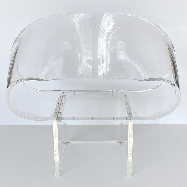 Robert Van Horn 1970s Robert Van Horn Lucite Ribbon Lounge Chair, Signed For Sale - Image 4 of 13