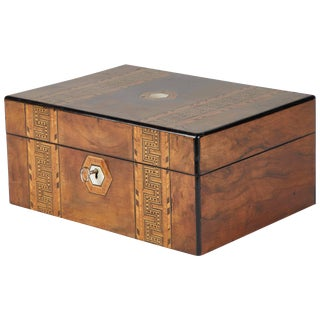 1880s English Tunbridge Inlaid Walnut Box For Sale