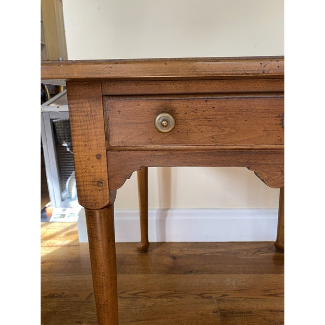 Drexel Heritage Country Collection end table. French country. Made in the 1980s.
