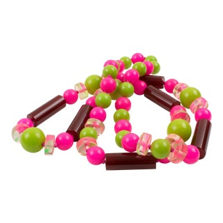 Bakelite & Lucite Long Necklace Burgundy Hot Pink Apple Green Beads For Sale