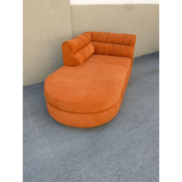 70's Mod Italian Suede and Lucite Chaise For Sale - Image 4 of 11