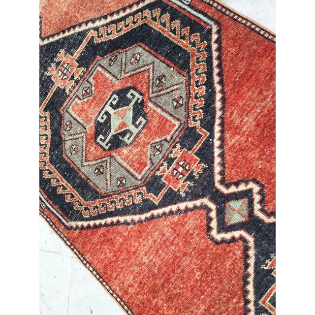 Textile Vintage Turkish Oushak Geometric Design Handmade Rug Runner Rug - 3′4″ × 12′1″ For Sale - Image 7 of 9