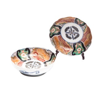 19th Century Japanese Imari Namasu Bowls from Lucia Lawrence's Collection - a Pair For Sale