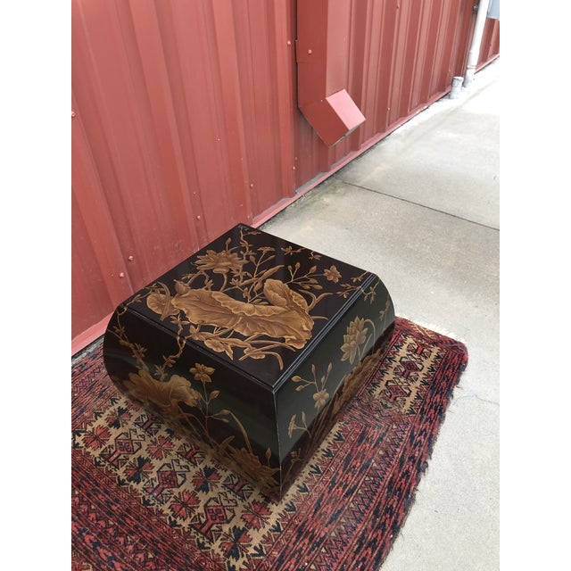 Japanese Chinoiserie Drexel Heritage Hand-Painted Side Table For Sale - Image 3 of 10