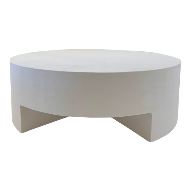Reed Smooth Plaster Round Chunky Coffee Table For Sale