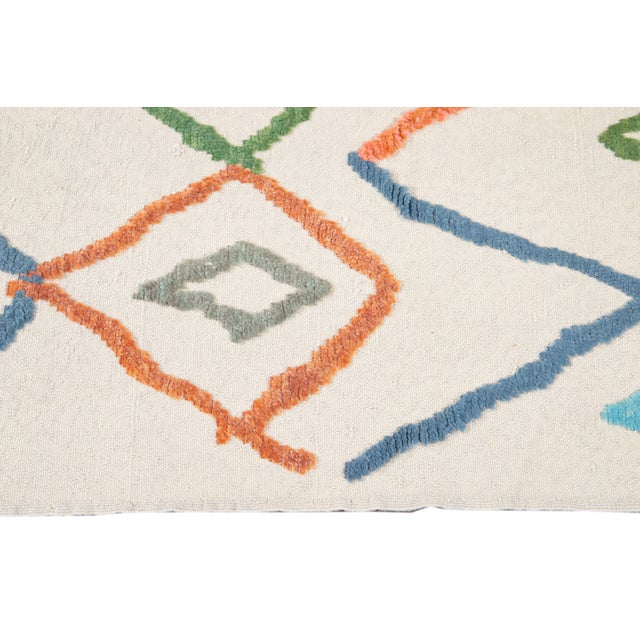 Modern Moroccan Style Wool Rug 9 X 13 For Sale In New York - Image 6 of 13