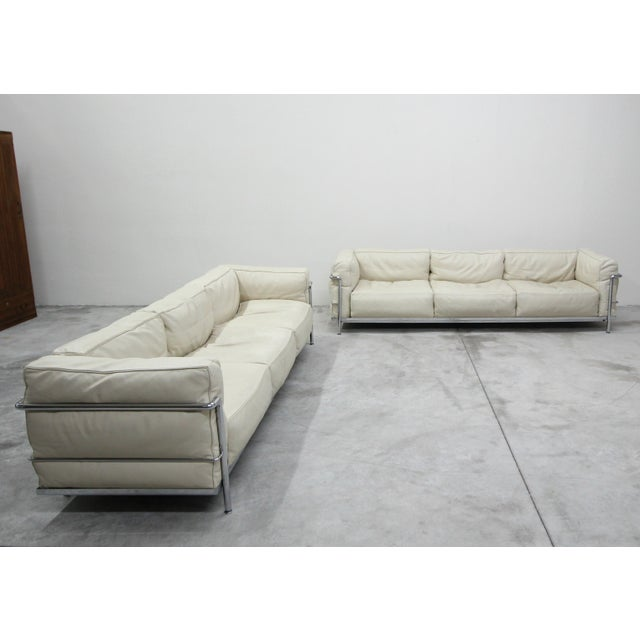 2010s Authentic Pair of Lc3 Cassina Grand Modele 3 Seat Sofas by Le Corbusier For Sale - Image 5 of 13