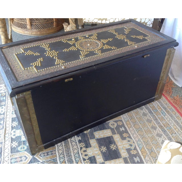 1980s Moroccan Chest / Coffee Table For Sale - Image 10 of 13