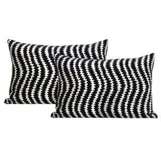 "12"" X 18"" Ziggy Velvet Noir Lumbar Pillows - a Pair For Sale"