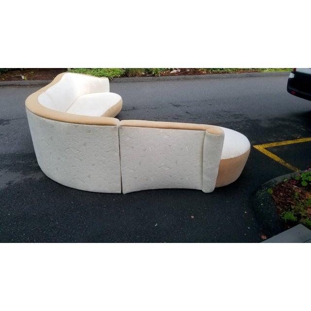 Vladimir Kagan Serpentine Sectional Sofa by Vladimir Kagan for Weiman For Sale - Image 4 of 10