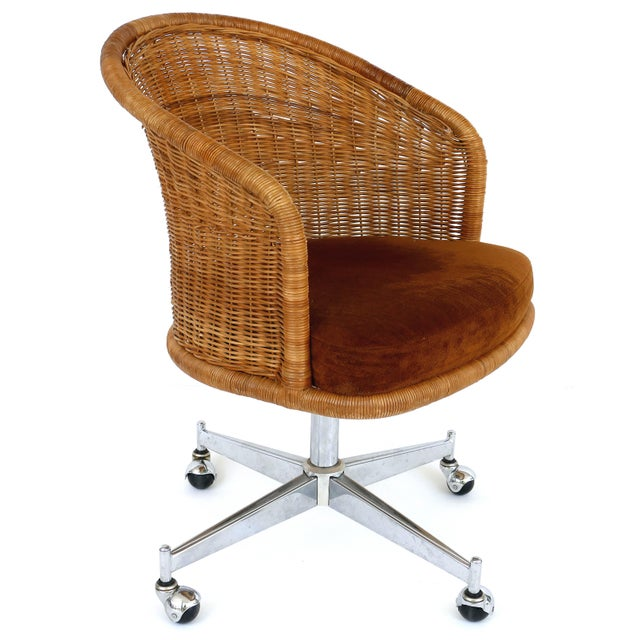 Mid-Century Modern 1960s Mid-Century Modern Daystrom Rattan & Stainless Steel Swivel Chairs - Set of 6 For Sale - Image 3 of 13
