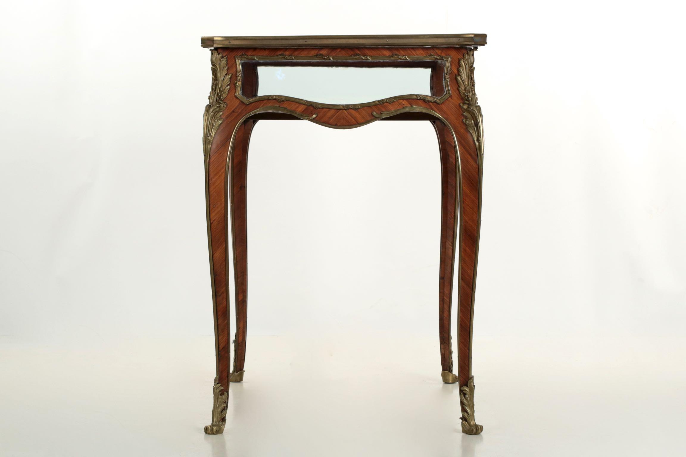 19th Century French Antique Bronze Side Table W/ Vitrine Display Case    Image 4 Of