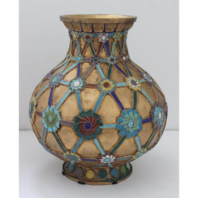 Antique 1920s Chinese Cloisonné Vase in Brass With Crossbanding and Floral Medallions For Sale In West Palm - Image 6 of 13