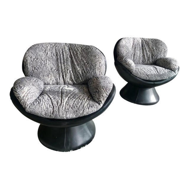 1960s Vintage Les Amisca for Quebec 69 Leather Swivel Chairs- A Pair For Sale
