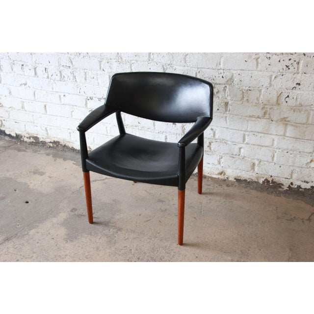 Ejner Larsen and Aksel Bender Madsen Black Leather & Rosewood Armchair For Sale In South Bend - Image 6 of 9
