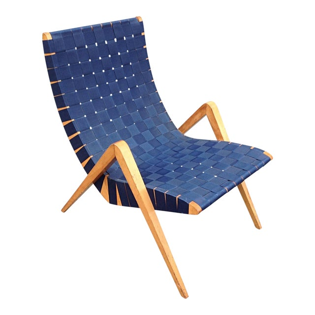 1940s Mid-Century Modern Jens Risom Style Navy Blue Webbed Scoop Birch Lounge Chair For Sale