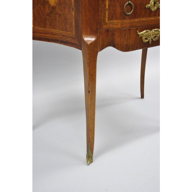 Bronze French Louis XV Style Inlaid Marble Top Bombe Nightstand For Sale - Image 7 of 11