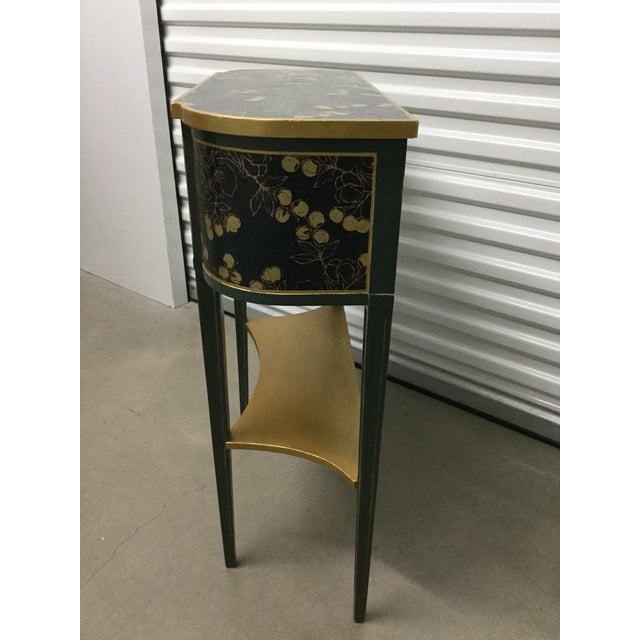 Contemporary Charming Hekman Sidetable Refinished With Handmade Paper For Sale - Image 3 of 9