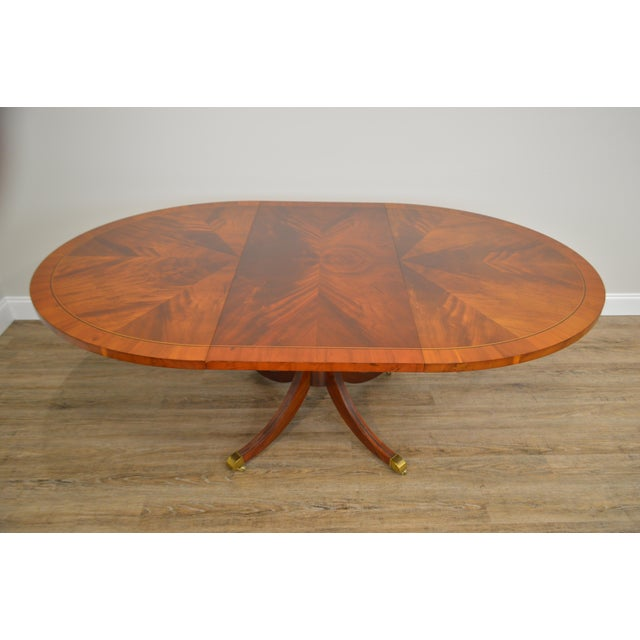 Hekman Flame Mahogany Yew Wood Banded Single Pedestal Dining Table For Sale In Philadelphia - Image 6 of 13