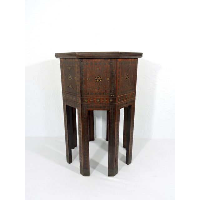 Old Morrocan Inlaid Mother of Pearl, Bone & Multi Wood Octagonal Occasional Side Table For Sale - Image 13 of 13