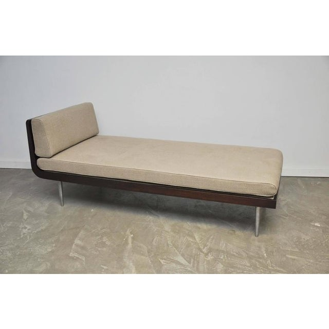 Rare Chaise Longue by Edward Wormley for Dunbar For Sale - Image 5 of 10