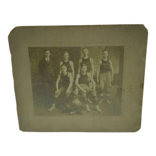 1913-1914 Garfield Basketball Team Black & White Photograph For Sale