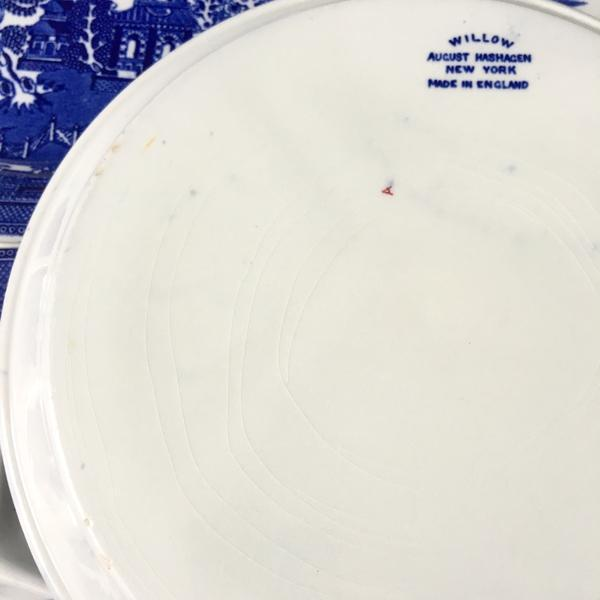 Glass August Hashagen New York Blue Willow Grill Plates Made in England - Set of 6 For Sale - Image 7 of 9