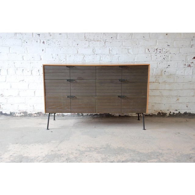 Raymond Loewy for Mengel Mid-Century Modern Six-Drawer Dresser For Sale - Image 10 of 11