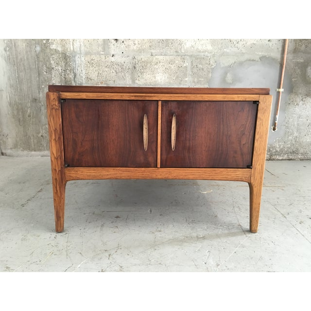 Vintage Mid-Century Modern Lane End Table Cabinet - Image 4 of 9