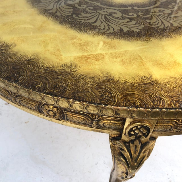 Vintage Circular Coffee Table in Gold Finish For Sale In New York - Image 6 of 13