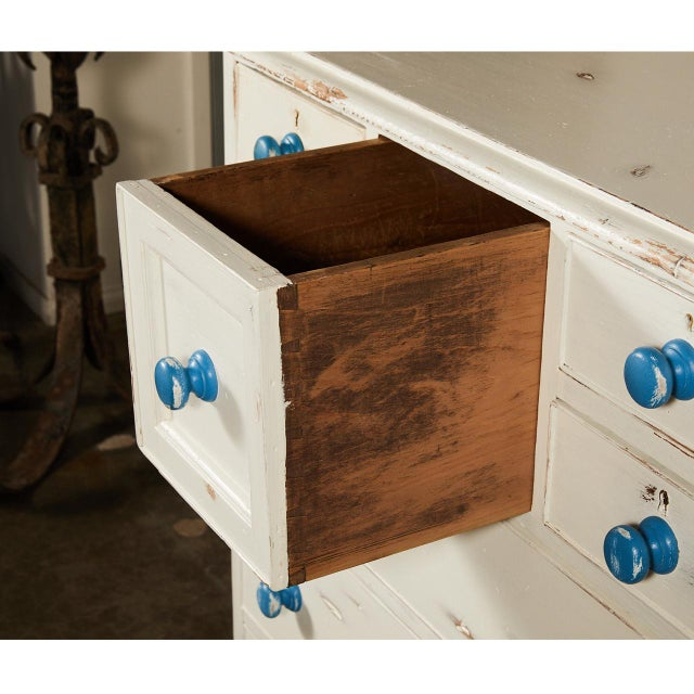 English Traditional English Painted Chest of Drawers With Blue Knobs For Sale - Image 3 of 7