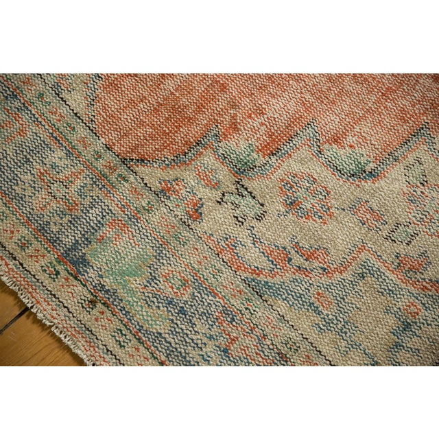 "Vintage Distressed Oushak Carpet - 5'11"" X 8'10"" For Sale In New York - Image 6 of 13"