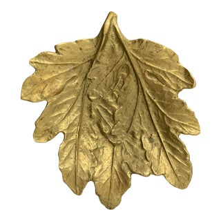 Mid 20th Century Brass Chrysanthemum Leaf Dish For Sale