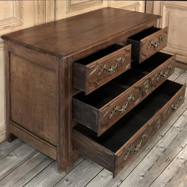 19th Century French Louis XIV Walnut Commode For Sale In Dallas - Image 6 of 13