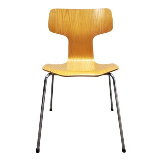 Arne Jacobsen Model 3103 Hammer Chair for Fritz Hansen, Denmark 1970's For Sale