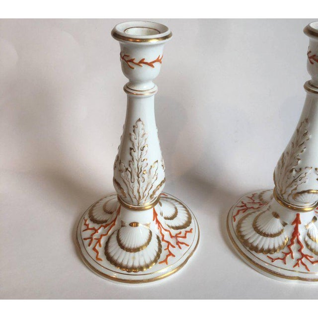 Mid 19th Century Staffordshire Coral and Shell Porcelain Bud Vases and Candlesticks - 4 Piece For Sale - Image 5 of 6