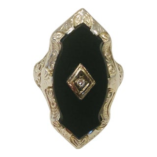 1920s Victorian/Deco Onyx and Diamond Filigree White Gold Ring For Sale
