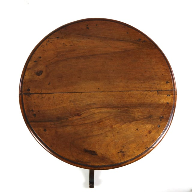 Brown 1890s English Round Fruitwood Tripod Bas & Single Drawer Pedestal Table For Sale - Image 8 of 11