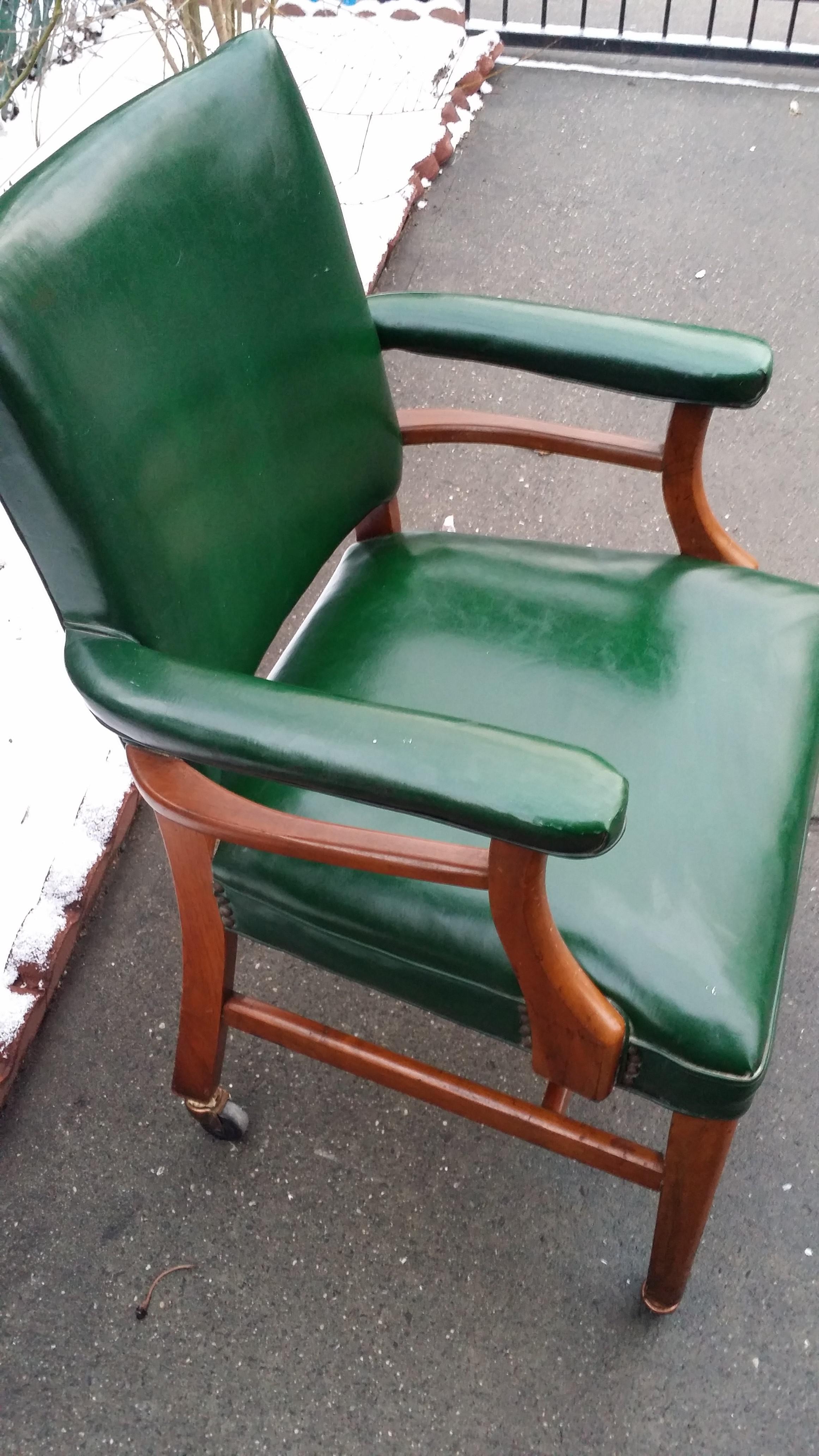 Green Vinyl Office Chair  sc 1 st  Chairish & Green Vinyl Office Chair | Chairish