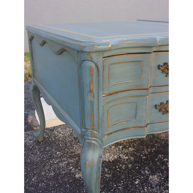 Vintage French Provincial Nightstands - A Pair - Image 7 of 10