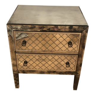 18th Century Venetian Cut-Glass Closed Nightstand For Sale