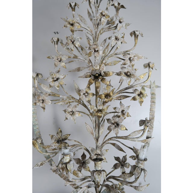 1900s Vintage French Painted and Metal Bouquets of Flowers- a Pair For Sale - Image 4 of 10