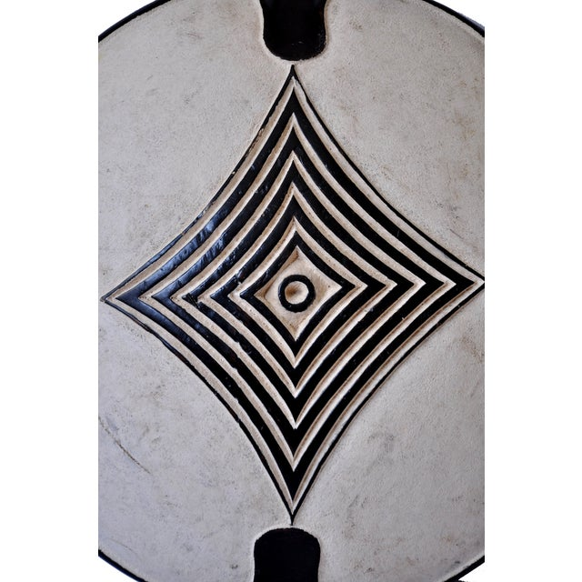Vintage African Zulu Shield For Sale - Image 4 of 7