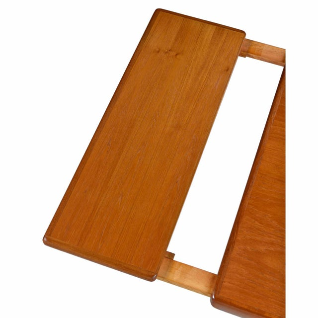 Large Scandinavian Modern Teak Draw Leaf Expanding Dining Table, circa 1960's For Sale - Image 4 of 7