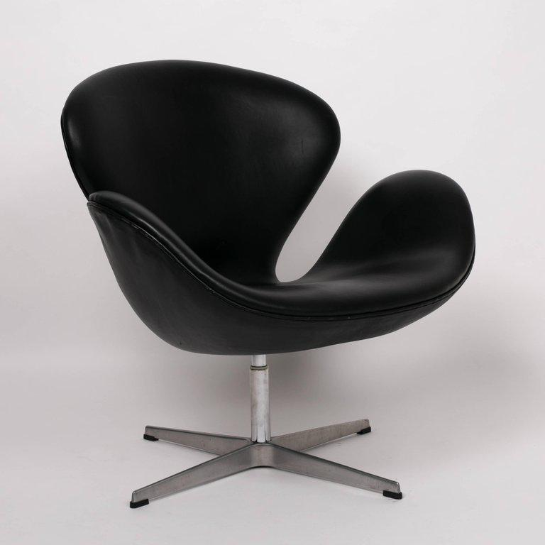Arne Jacobsen Swan Chair In Black Leather Chairish