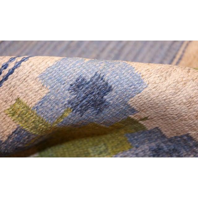Cottage Vintage Swedish Kilim Rug by Berit Woelfer - 6′6″ × 9′2″ For Sale - Image 3 of 7