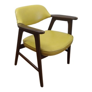 Vintage Mid-Century Danish Modern Mustard Yellow Vinyl Paoli Chair For Sale